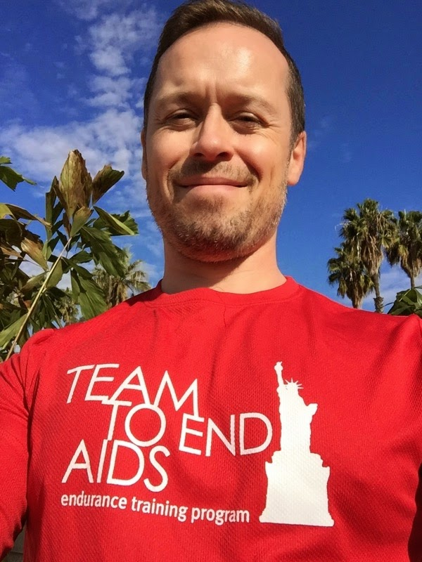 Team to End AIDS New York Marathon runner