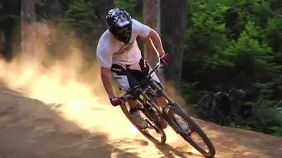 Ilustrasi atlet downhill