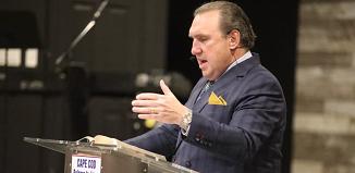 Cazul pastorului arestat în Florida se dovedește a fi abuz de putere și manipulare...