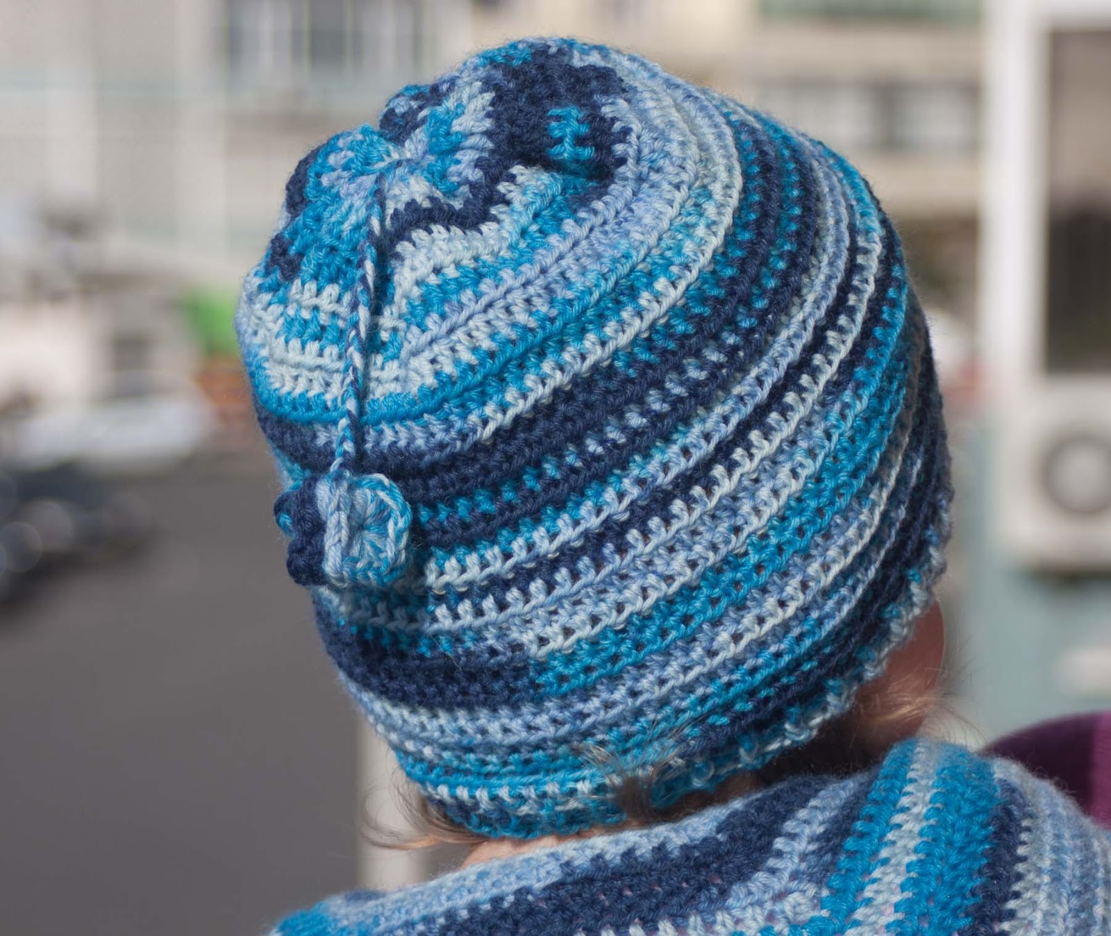 Quick Crochet : Quick and Easy Crochet Hat Pattern