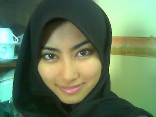 Malay women   Intan romen di rumah sewa part 2 melayu bogel.com