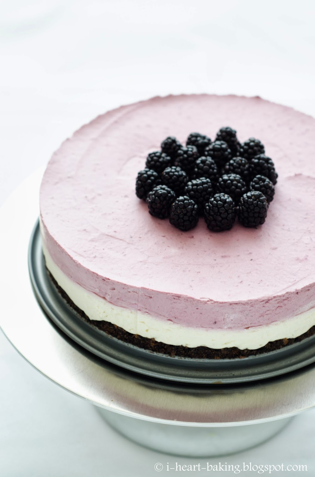 blackberry mousse cake