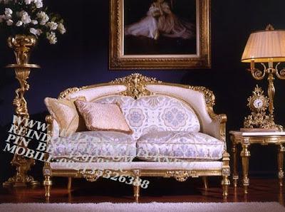 Sofa jati,Sofa Klasik,Sofa ukiran,Sofa Duco,Sofa Jepara,Sofa French,Sofa Vintage,Sofa Classic Mebel jepara mebel ukir jepara sofa ukir jepara Sofa klasik ukiran model french style SFTM-55234 JUAL MEBEL JEPARA|MEBEL JEPARA KLASIK|SOFA KLASIK FRENCH STYLE|SOFA UKIRAN KLASIK GOLD LEAF