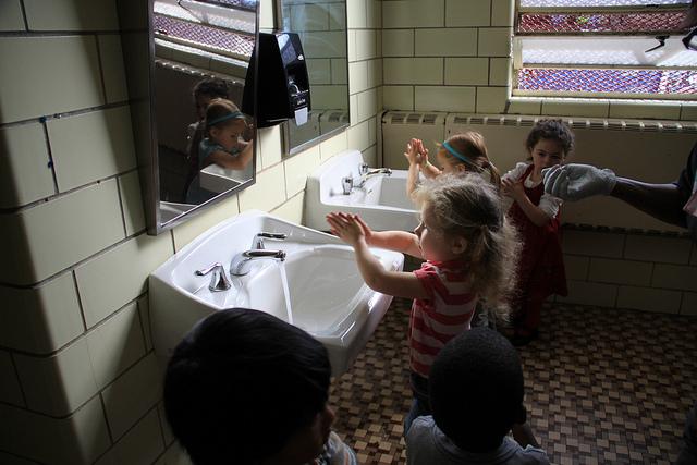 預防腸病毒最基本的就是多洗手
