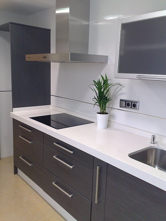 Muebles de cocina mueblesjara - Azulejos cocina blanco brillo ...