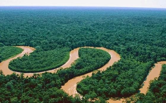 gambar sungai terpanjang di indonesia