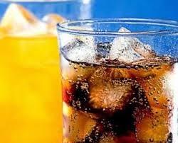 Bị bệnh gút vì uống nhiều nước ngọt có gas?