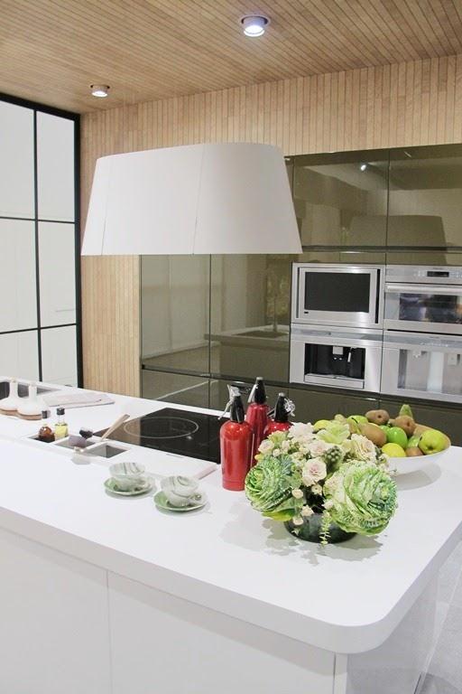 """Encimeras Baño Krion:El espacio de SB Architects responde al nombre de """"Los sentidos"""" y"""