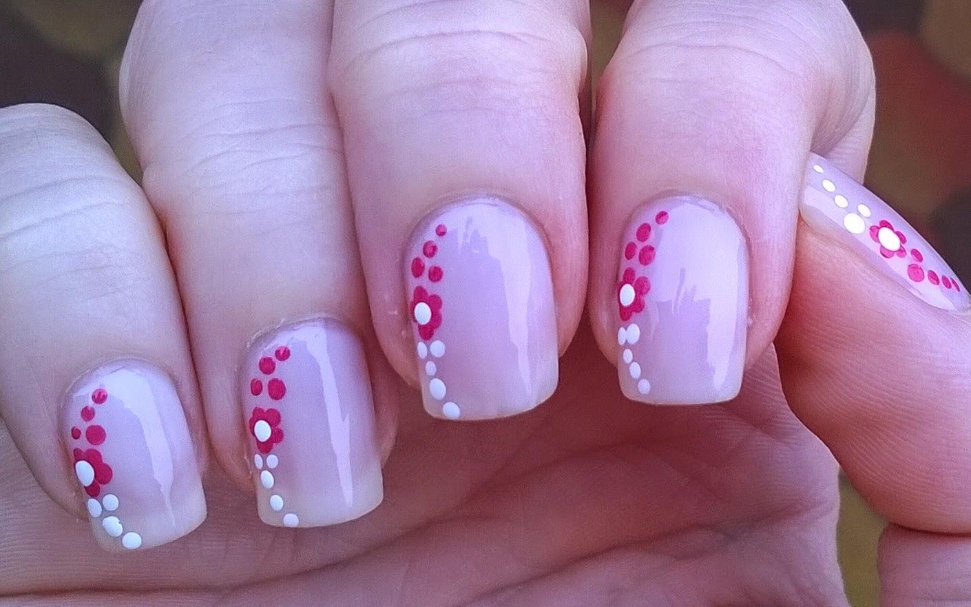 Life World Women: Pastel pink nail art with dotting tool design