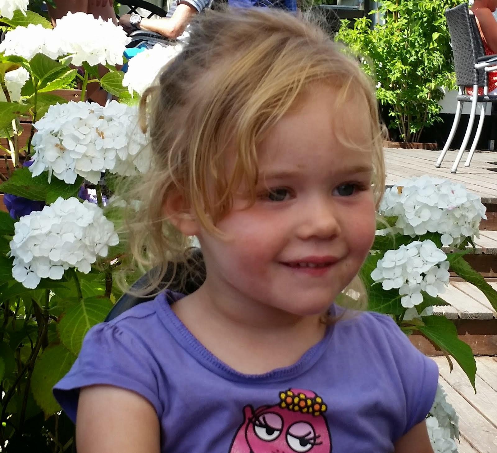Frida 3 år