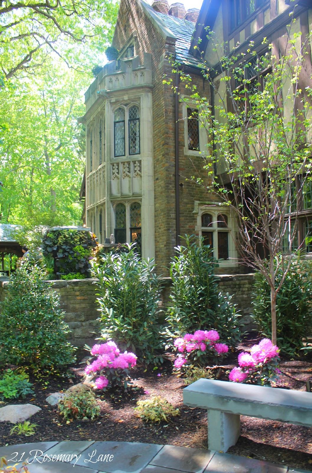 21 rosemary lane mansion garden tour glynallyn castle for 21 mansion terrace cranford nj