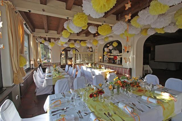 Zitronengelb und Weiß - Sommerhochzeit im Seehaus am Riessersee
