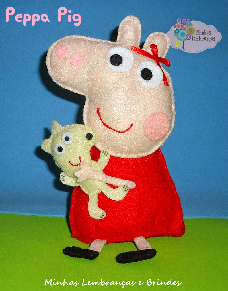 http://minhaslembrancasebrindes.blogspot.com.br/2014/10/peppa-sentada-com-ursinho-teddy-enfeite.html