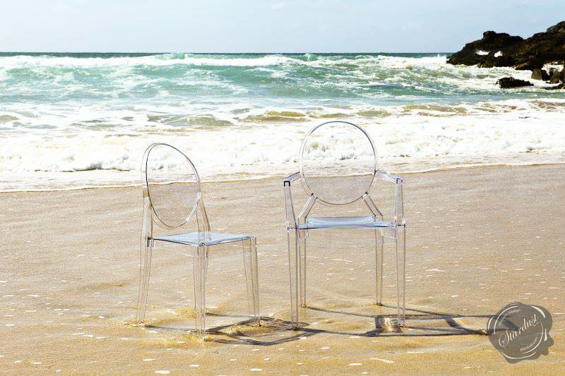 GHOST KARTELL LUCITE CHAIR (TRANSPARENT)