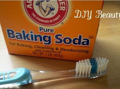 Tips Memutihkan Gigi Murah Meriah Dengan Baking Soda Rampobanua