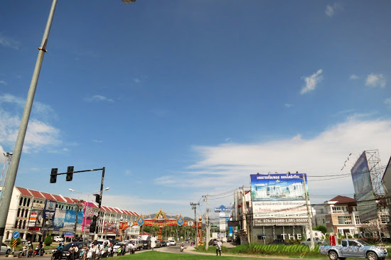 Phuket Traffic junction along the way