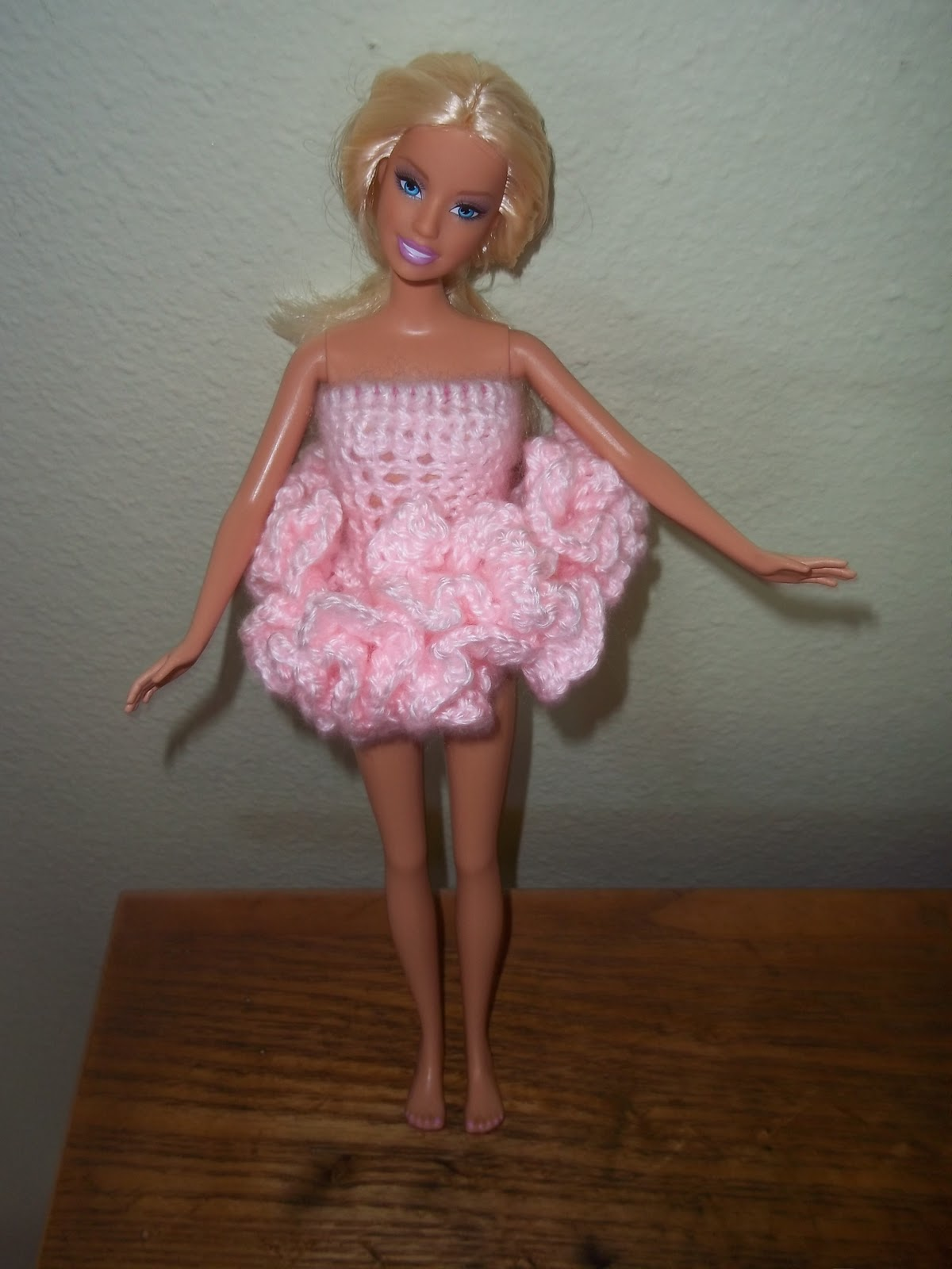 How to crochet a ballerina tutu to fit a barbie size doll bankloansurffo Choice Image