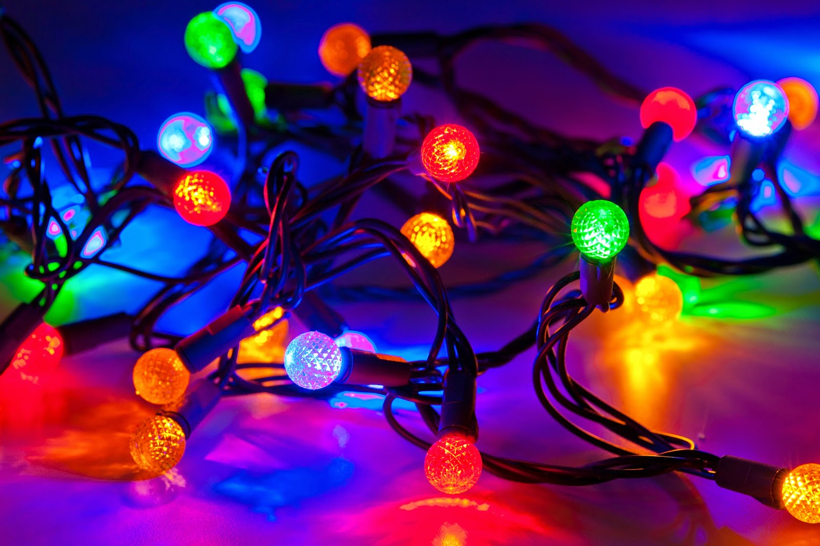 christmas lights ~ media wallpapers