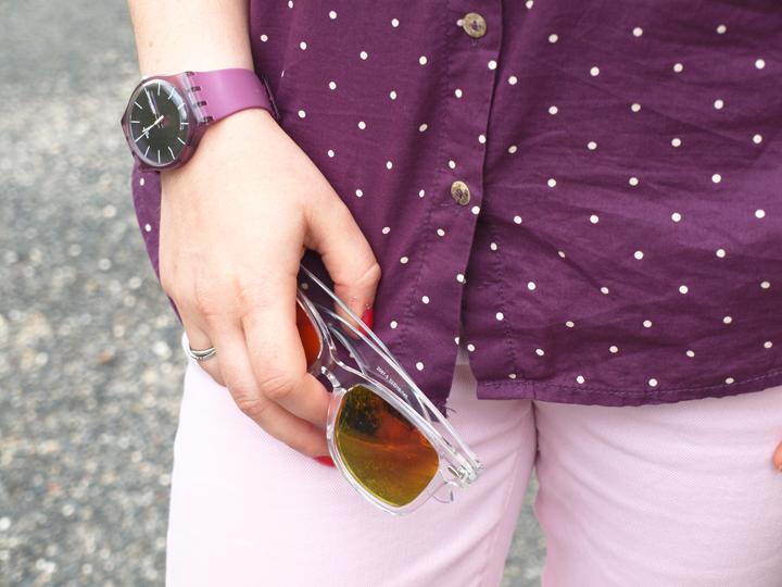 Montre swatch violet et lunettes Murray by Polette