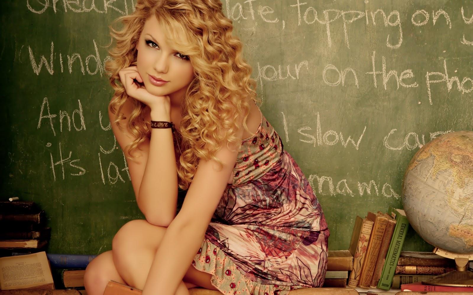 http://1.bp.blogspot.com/-7BZ4h0ZofJg/UFXn0nboyOI/AAAAAAAACaM/2mQuKMUGf6E/s1600/Taylor-Swift-Desktop-Wallpapers.jpg