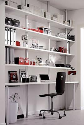 M nica dise os c mo armar un escritorio peque o en casa for Libreros minimalistas para oficina
