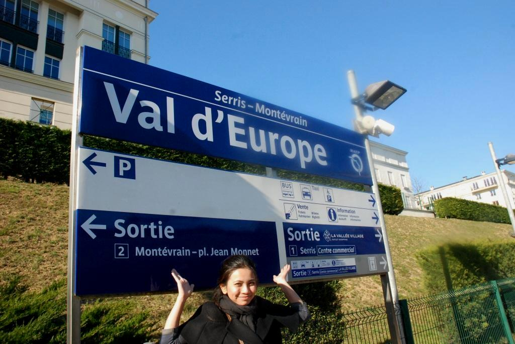 Let 39 s jom bukan tipikal travelog la vallee village di - Val d europe village horaire ...