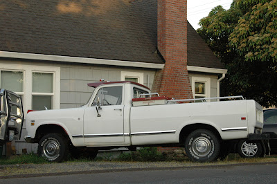1974-International-Harvester-100-Pickup.