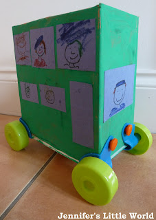 Cardboard box bus using rolobox wheels