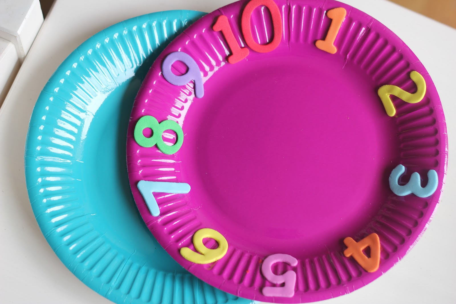 Paper Plate Number Spinner! & Paper Plate Number Spinner! - The Imagination Tree