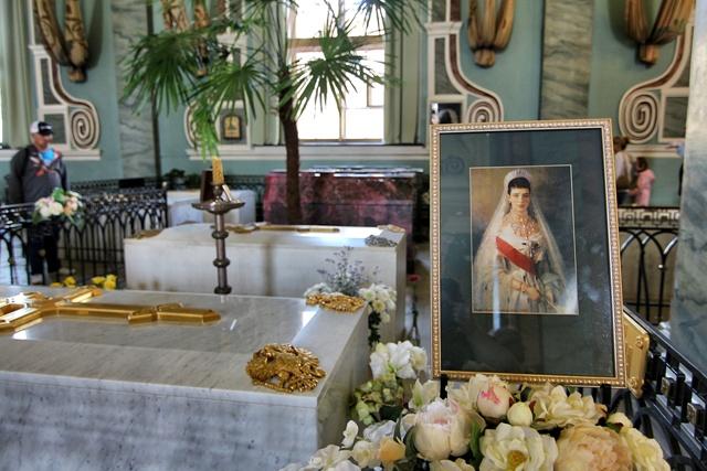 Los Zares Rusos descansan en San Pedro y San Pablo