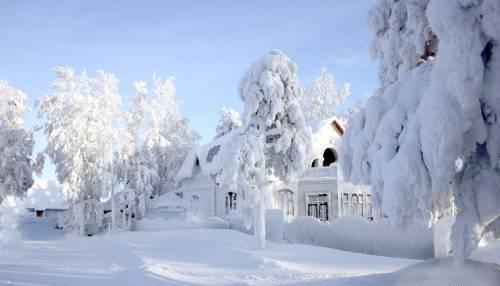 Wallpaperspiolt Snowfall Wallpaper