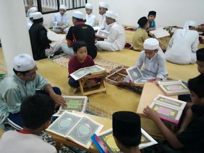 Ihya' Ramadhan - Fadilat Bertadabbur dan Tadarus Al-Quran