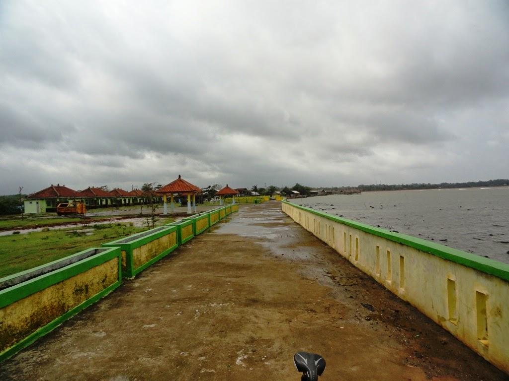 Pemandangan dipantai Pungkruk, Jepara