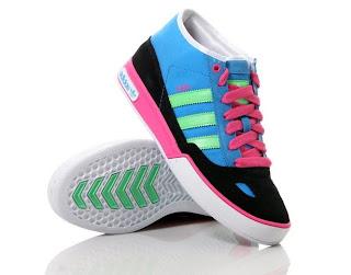 adidas 2011 bayan ayakkabı modelleri=