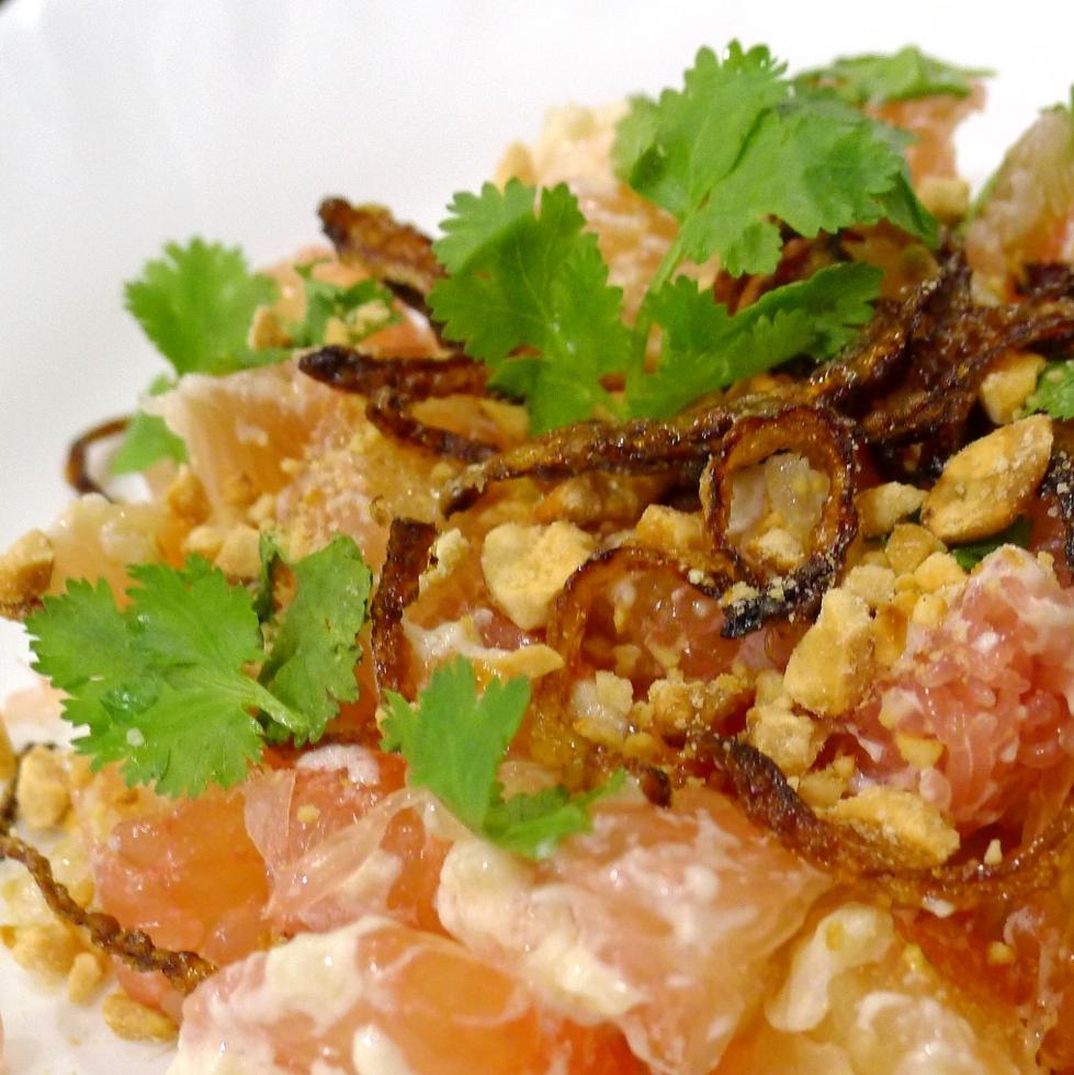 Billion Chefs: Thai Pomelo Salad Recipe (Yam Som-o)