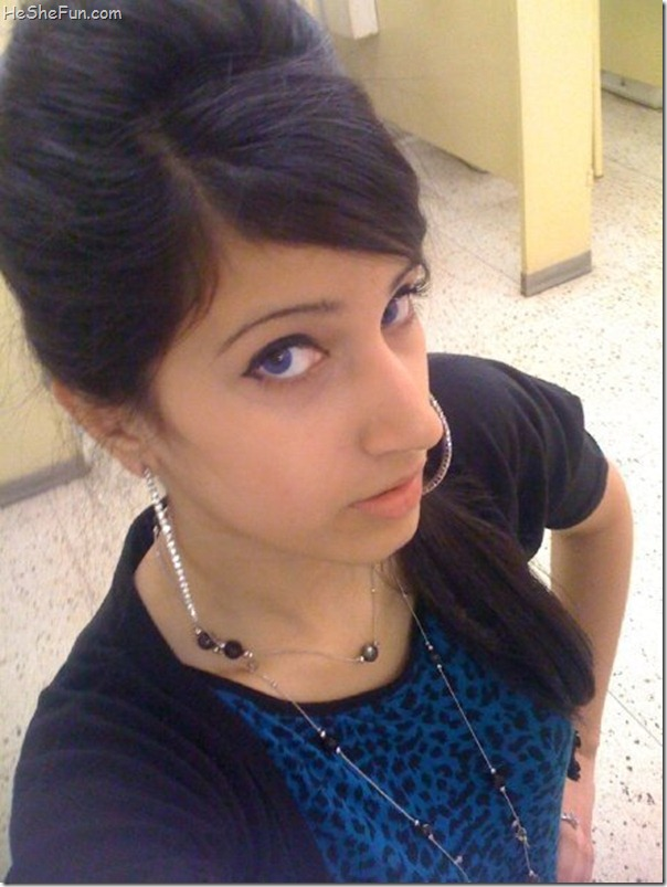 Facebook Girls Profiles Pictures - Must Studio
