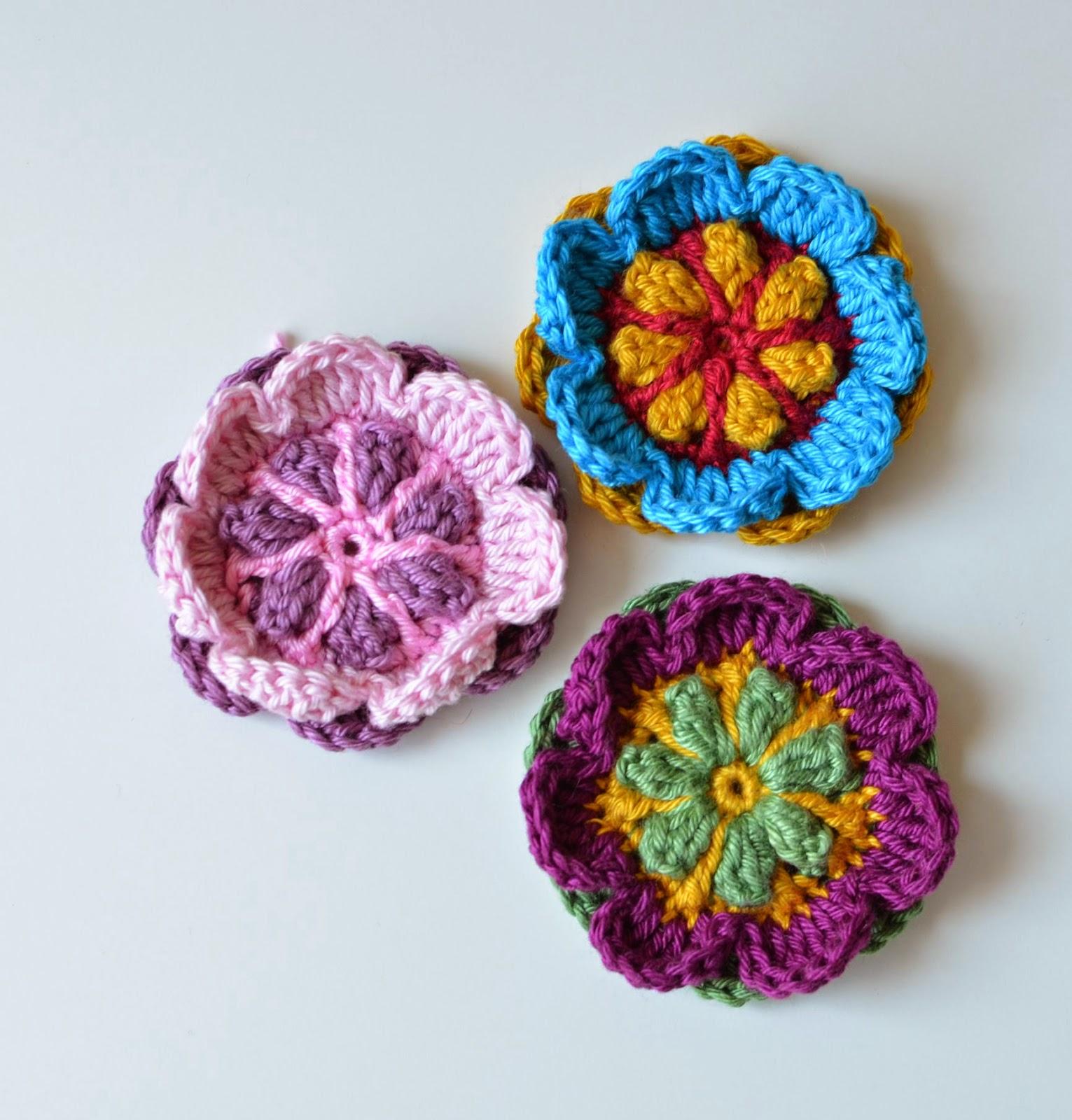 Crochet A Flower Brooch Pattern : Free Pattern: Overlay Flower Brooch LillaBj?rns Crochet ...