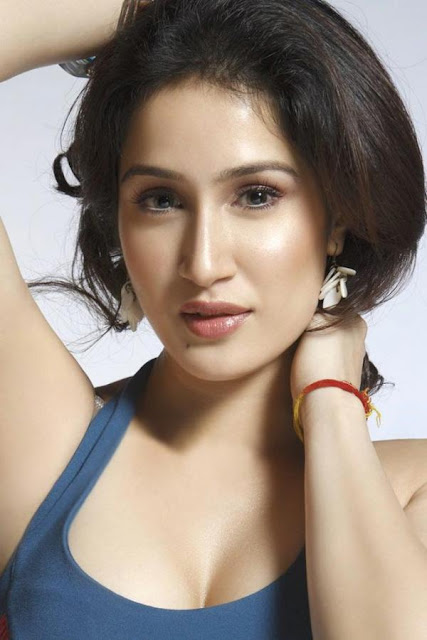 Sagarika Ghatge Hot Wallpapers