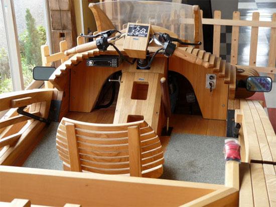 mobil kayu jepang
