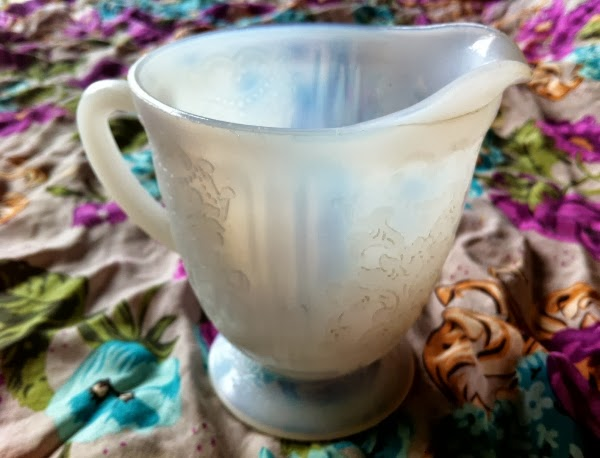 Vintage Opalescent Glass Creamer #vintage #home #decor #kitchen