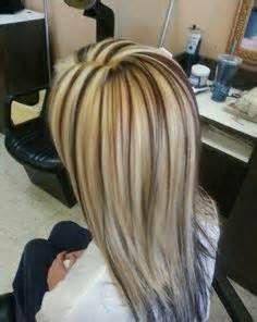 Platinum Blonde Hair With Lowlights