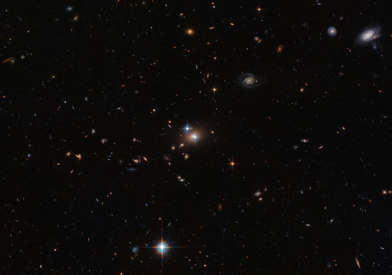 «Парный квазар» QSO 0957+561