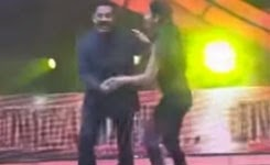 Watch Kamal Hassan And Sruthi Hassan Dance At 9th Annual Vijay Awards Live Leaked Video Watch Free Download
