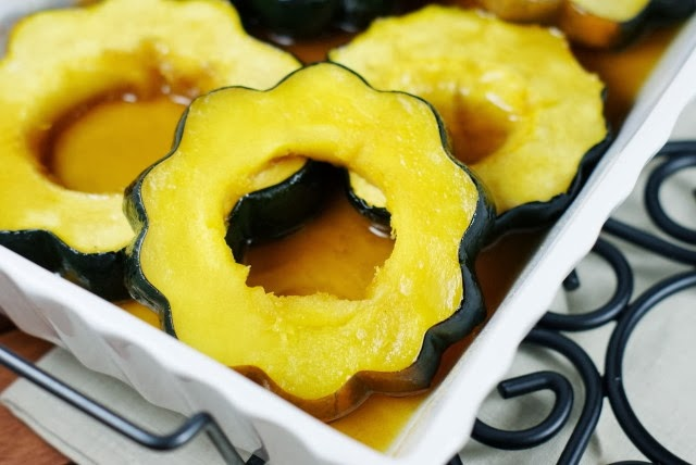 Baked Acorn Squash with Maple Glaze   www.thekitchenismyplayground.com