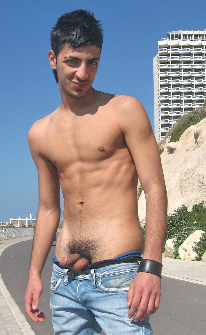 pictures nude israeli men