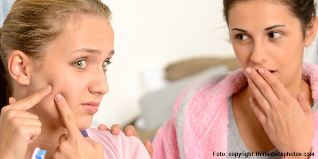 4 Alasan Mengapa Anda Tidak Boleh Memencet Jerawat