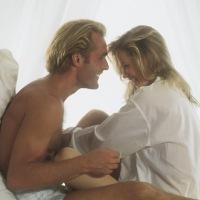 Wujudkan Resolusi Sehat 2012 dengan Lebih Rajin Bercinta