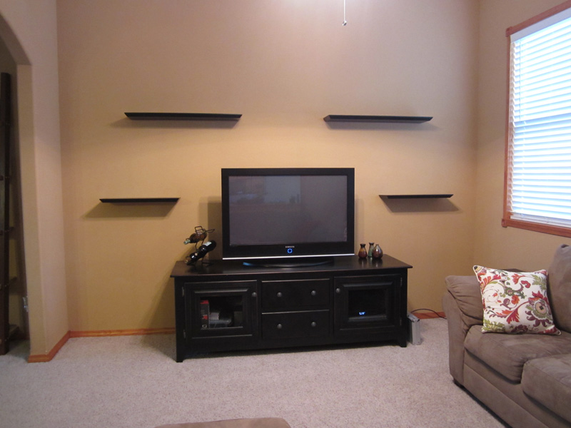 What to Put On a Floating Corner Shelf