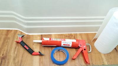 easy straight line caulking tools