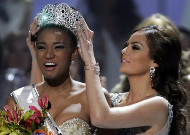 celebritiesnews-gossip.blogspot.com_leila-lopes-miss-universe